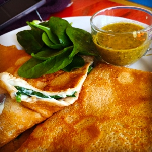Crepe with spinach and cheese