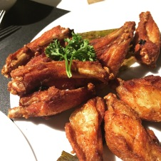 Greyhound Famous Fried Chicken Wings