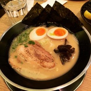 Wスープ豚骨らーめん W Soup Tonkotsu Ramen