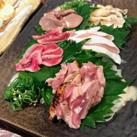 からの 宮崎地鶏刺身盛り Chicken Sashimi